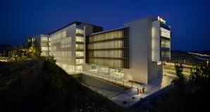 Artículo de Edificio Grupo CAJAMAR en el PITA en Promateriales